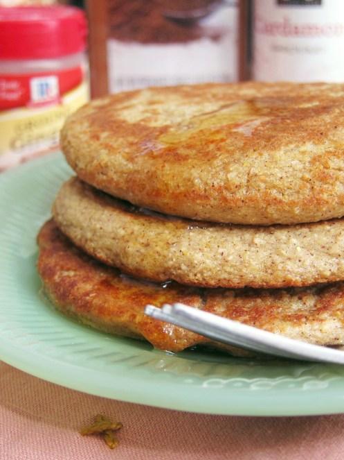 Chai Oatcakes by The Oatmeal Artist