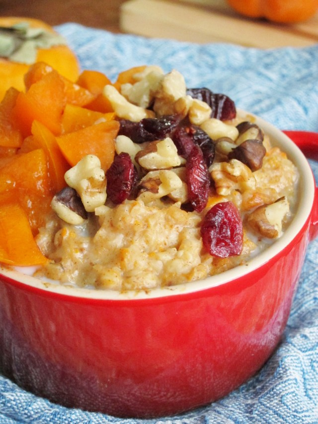 Spiced Persimmon Oatmeal by the #OatmealArtist