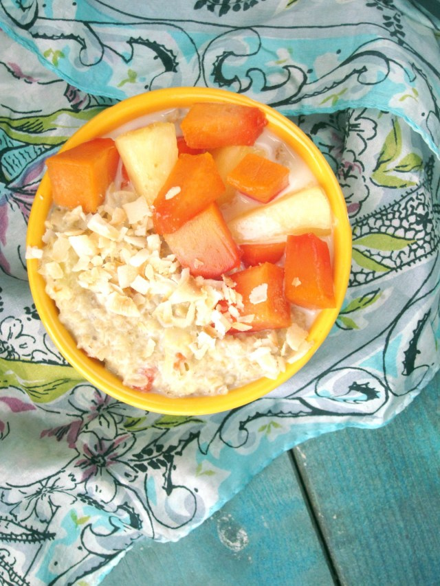 Pina Papaya Oatmeal #Vegan #OatmealArtist