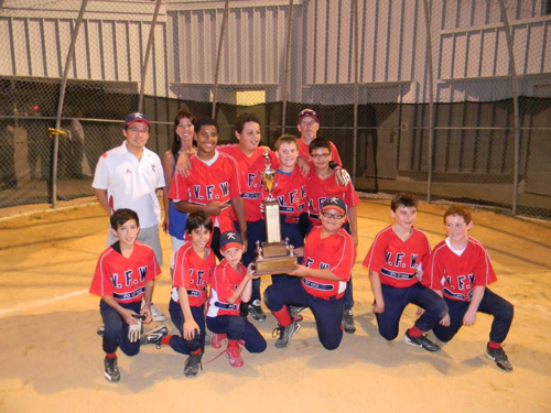 Photo courtesy of Sui Wa Lau Kearny VFW Post 1302 is the 2013 Kearny Little League Champions. Front row, from l. are Brandan Lau, Antonio Mastropole, Adam Michaels, Andrew Mauricio, Matthew Sammarone and Michael Carey. Second row, from l. are Rodriguez Hendriques, Gabe Mustafa, Jack Michaels and Enrique Dajer. Back row, from l. are Coaches Sui Wa Lau and Donna Mahler and Manager Andy Michaels. Not pictured are Liam Flanagan and Aaron Mantilla.