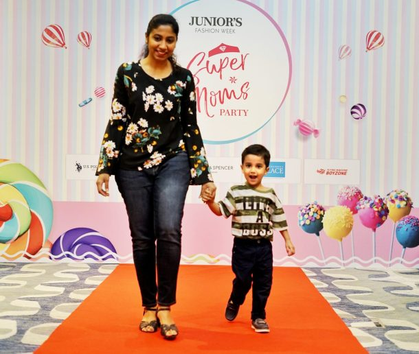 It's all Smiles here at Super Moms Party  - Junior's Fashion Week 2018