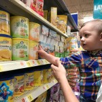 Toddler Snacks and Playing With Food