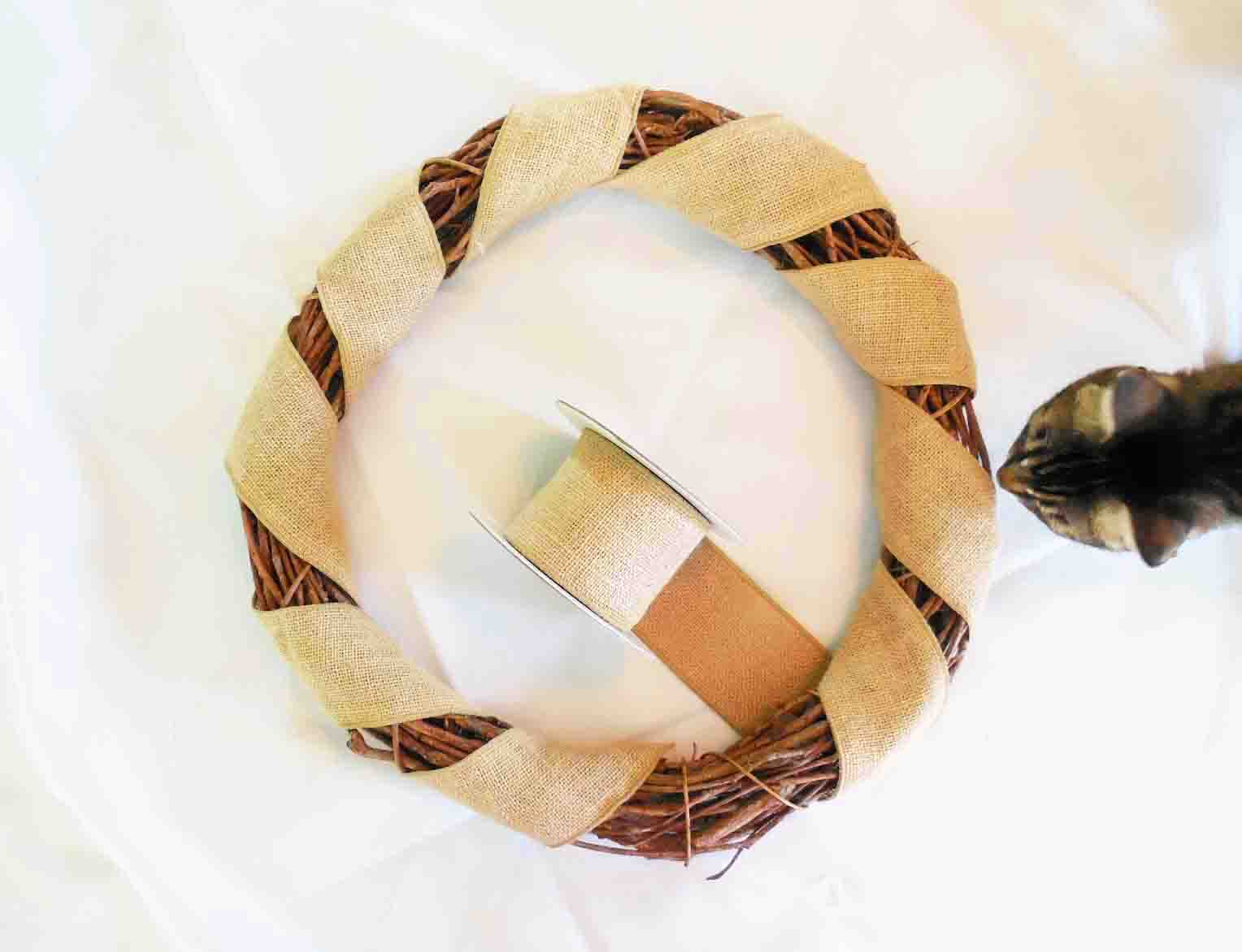 how to make a wreath bow with burlap ribbon