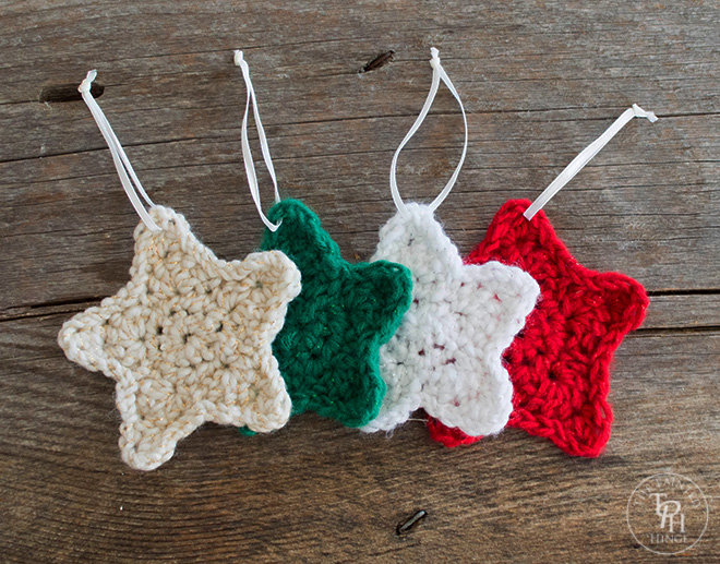 Free Patterns Crochet Xmas Ornaments : Christmas Star Ornament Free Crochet Pattern