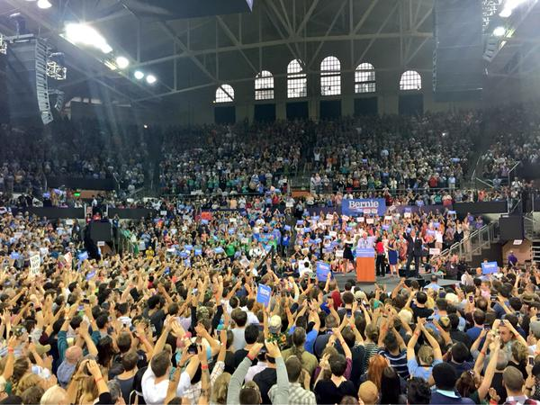 Bernie Sanders in Seattle last night, speaking before 12,000 people in the hall with another 3,000 outside listening