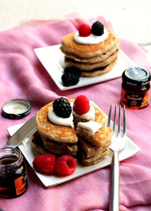 Oat and Yogurt Pancakes
