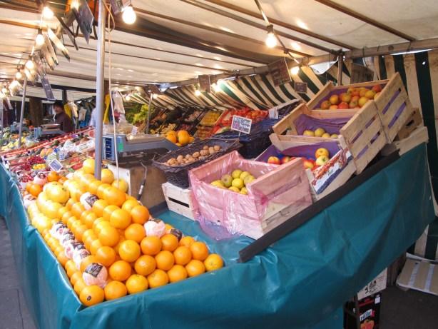 fruits marché parisien