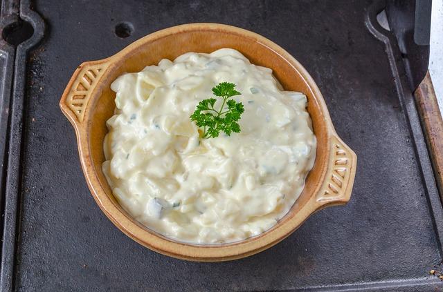 potato-salad-415117_640