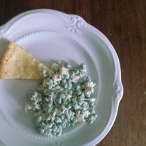 Creamy peas and cheese