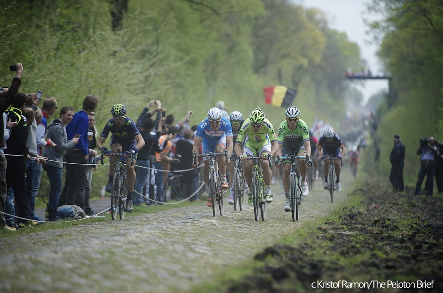 Jempy Drucker (LUX/Wanty-GroupeGobert) next to Peter Sagan (SVK/Cannondale) & Lars Boom (NLD/Belkin) through the TrouŽe d'Arenberg / Paris-Roubaix 2014