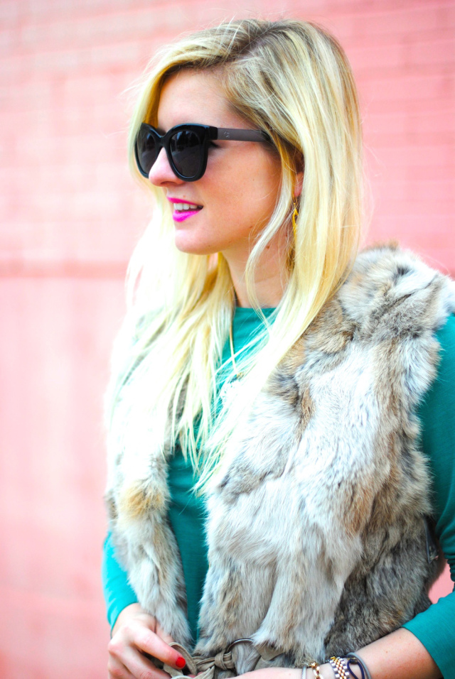 dallas texas fashion blogger fur vest fall winter outfit ideas