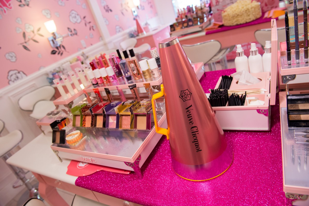 Benefit Veuve Grand Opening