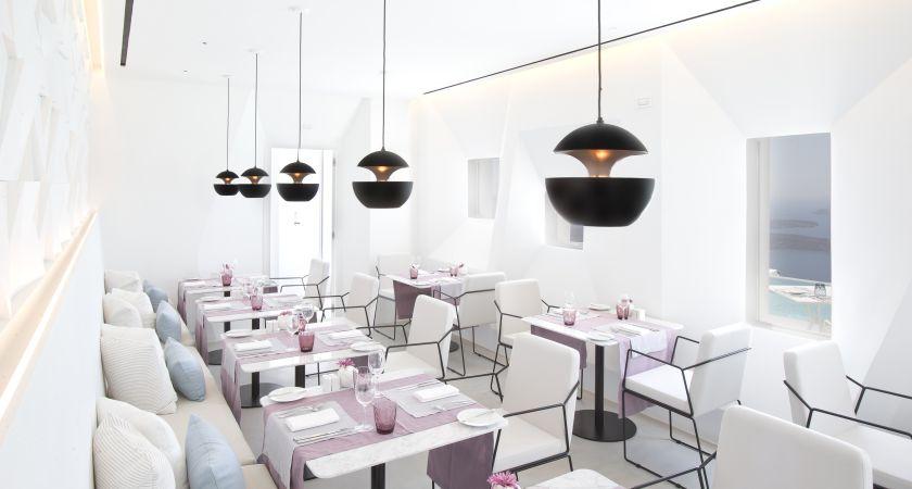 grace-santorini-dining