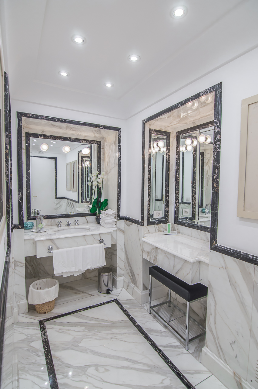 Le Sirenuse Positano Marble Bathrooms