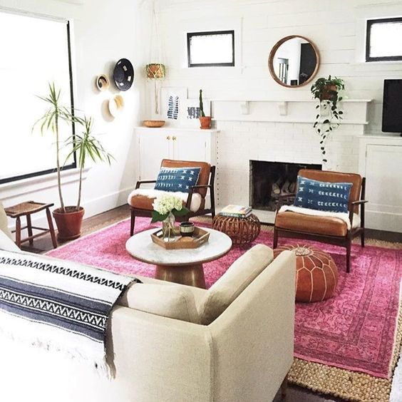 Mid-Century Modern Living Room Pink Rug
