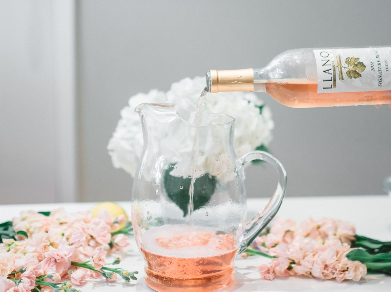 Llano Wine Summer Rose Spritzer Cocktail (12 of 26)