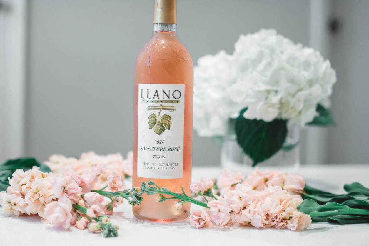 Llano Wine Summer Rose Spritzer Cocktail (6 of 26)