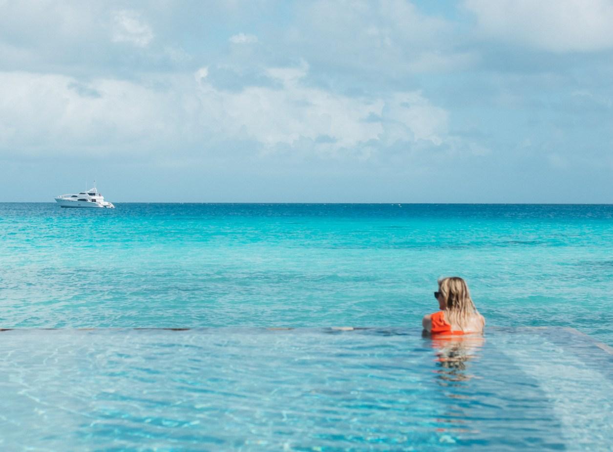 Hotel Kia Ora Rangiroa French Polynesia Pool