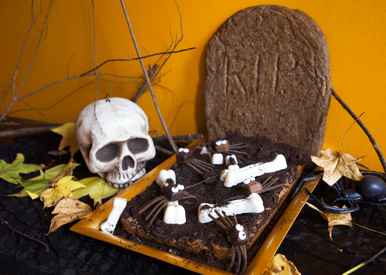 Halloween Graveyard Brownies