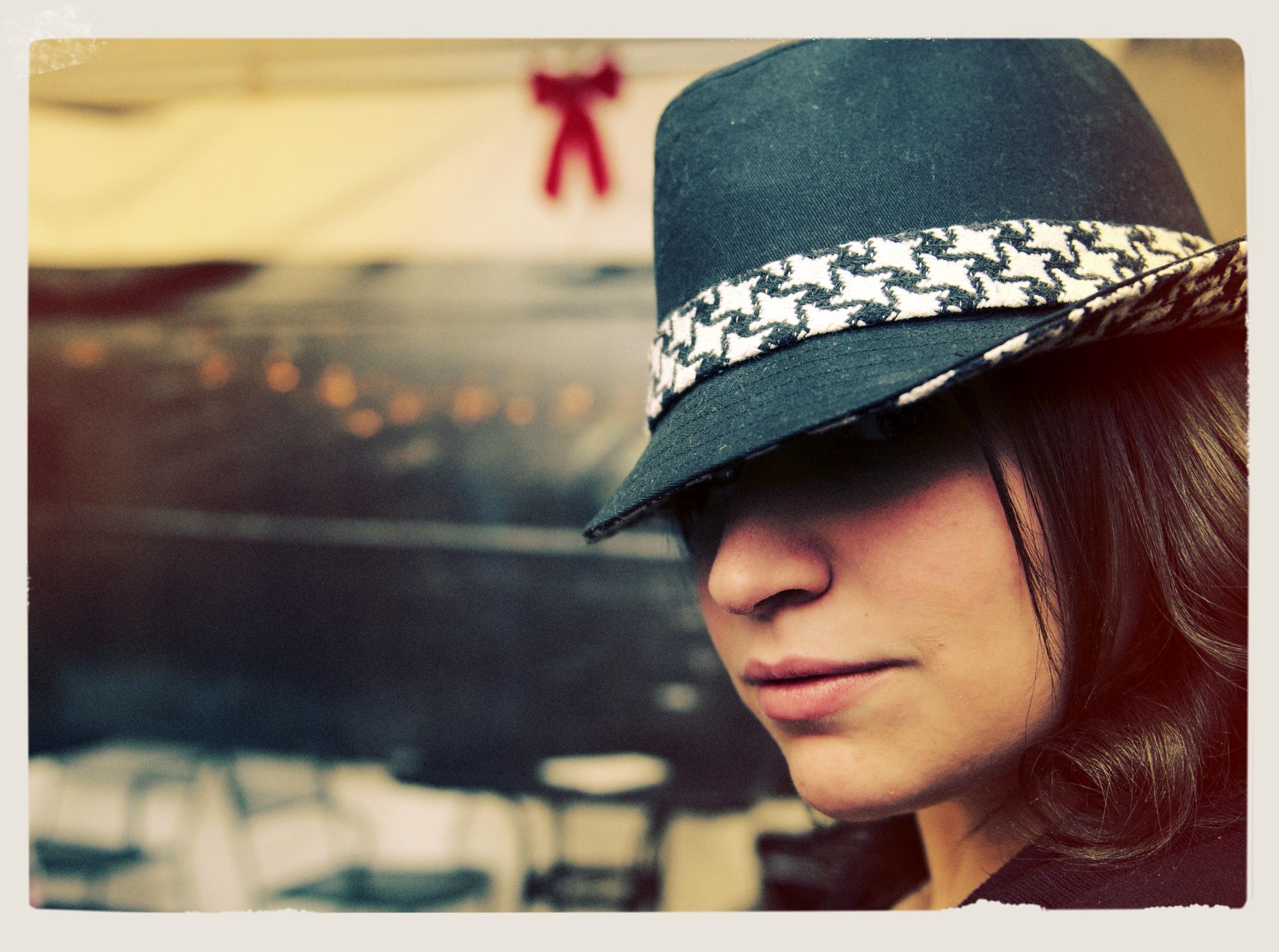 Lauren and her hat