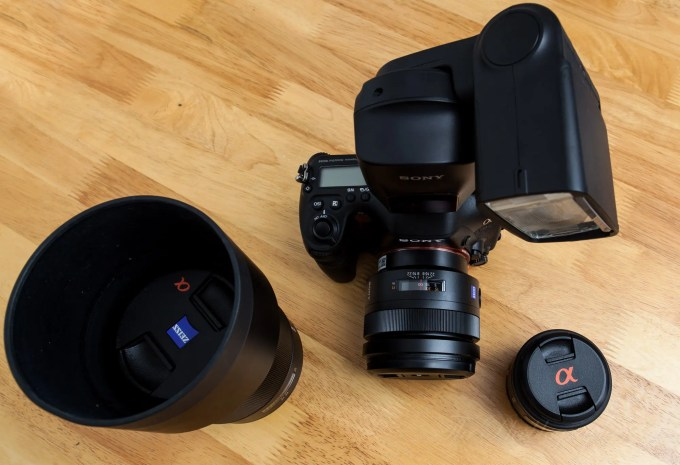 The Sony A99, HVL F60M, 85mm f1.4, 50mm f1.4 and 135mm f1.8 (1 of 1)ISO 160