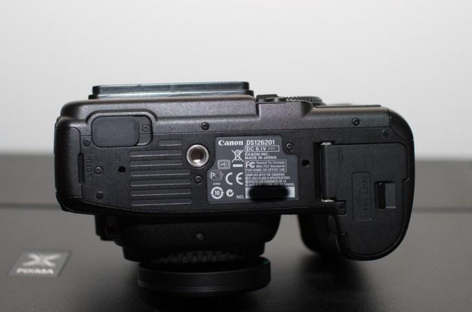 5D Mark II Bottom