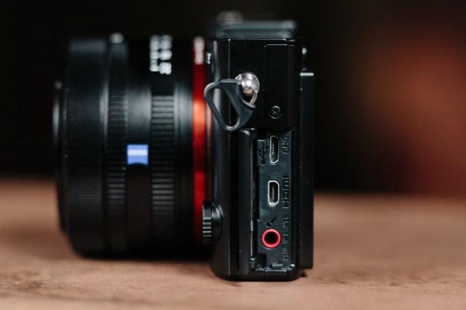 Sony_RX1-7