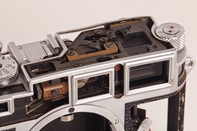 Leica M3 Cutaway (2)