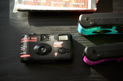 Review: Lomography Simple Use Cameras (They're Not Disposable)