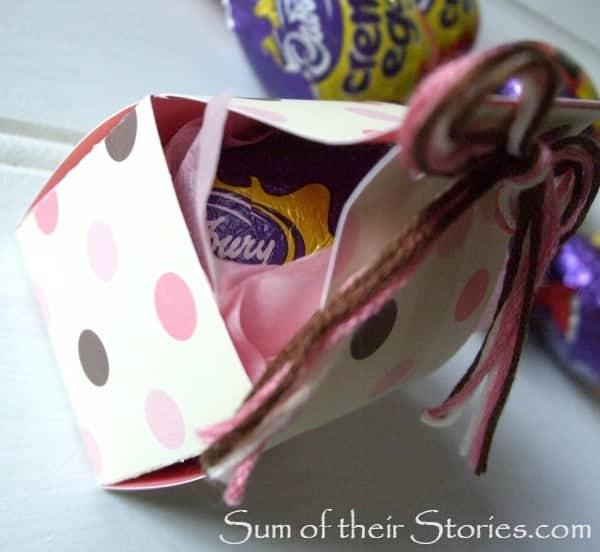 Egg in Easter gift box