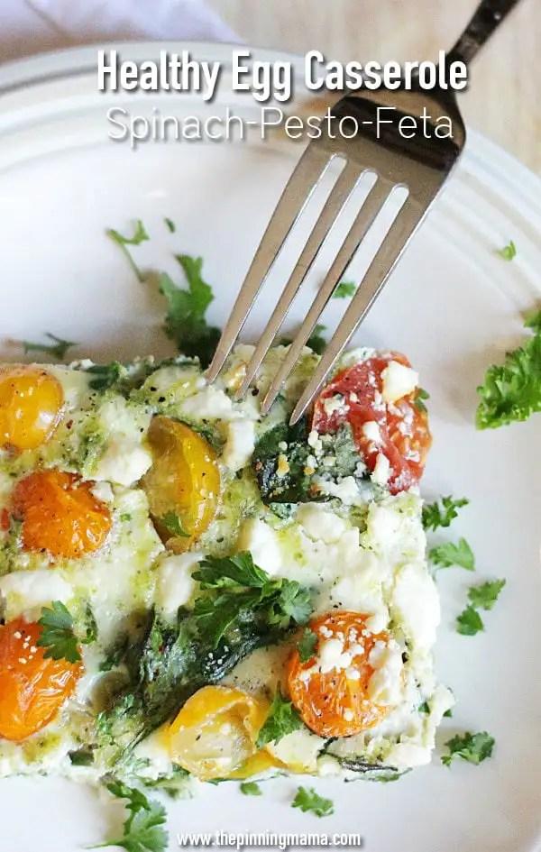 Love this healthy breakfast recipe! Spinach Pesto Feta Egg Casserole recipe via thepinningmama.com