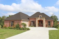 House Plan #142-1090: 3 Bdrm, 1,952 Sq Ft Acadian Home ...