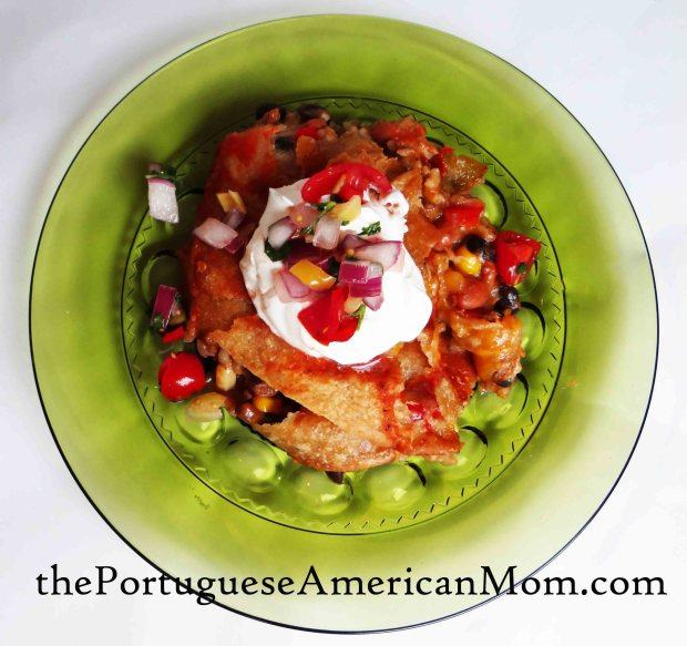When it's time to serve, top with some sour cream and your freshly made Pico de Gallo! Enjoy!