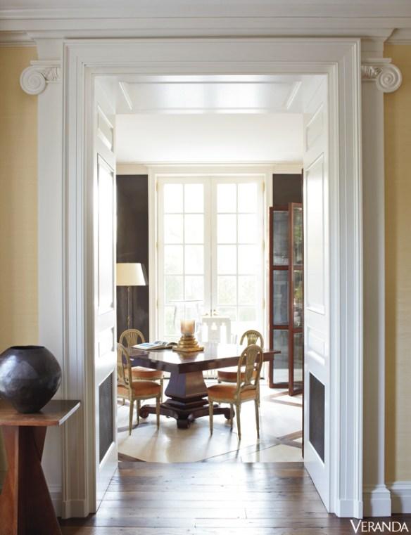 Boxwood doorway via Veranda