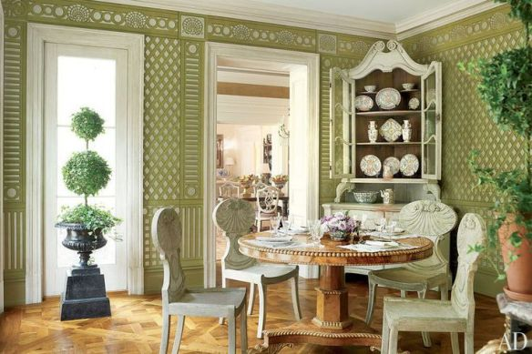Hand Painted Trellis Wallpaper by Gracie designed by Bunny Willams via AD