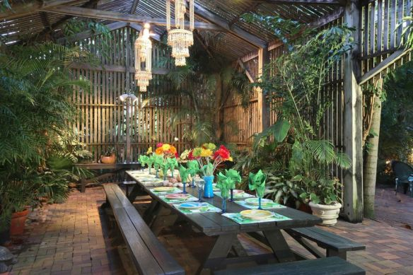 Lilly Pulitzer Outdoor Dining