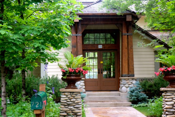 Potted Flower Entry in Aspen Home