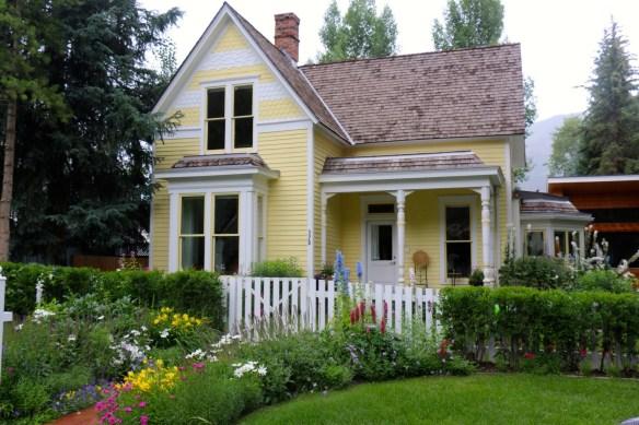 Yellow Aspen Victorian