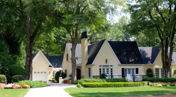 Yellow home in Pinehurst NC