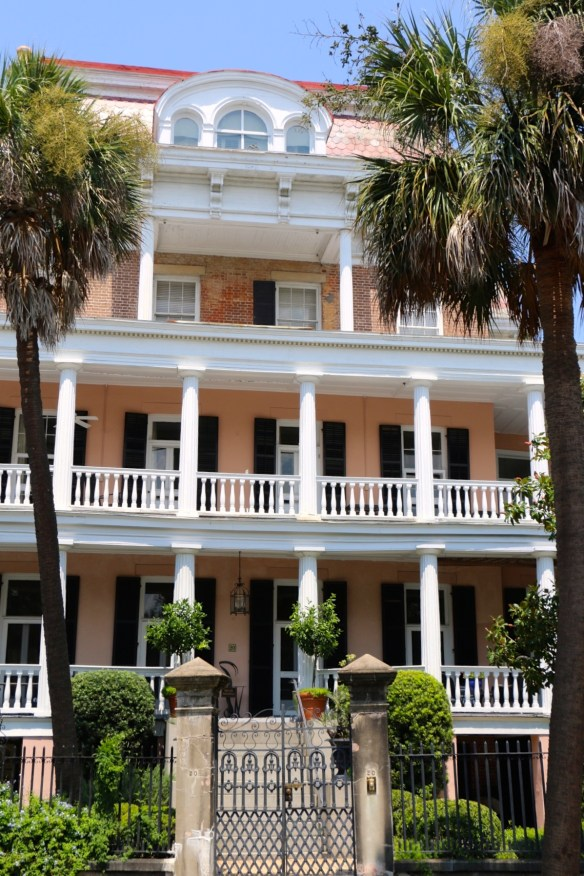 TPB Beautiful home in Charleston's Battery