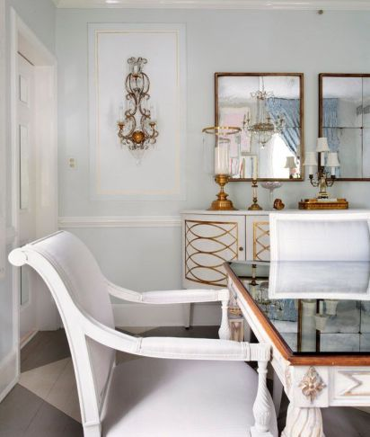 A dining room by Suellen Gregory via House of Turquoise