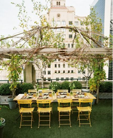 Manhattan apartment rooftop garden via Lonny