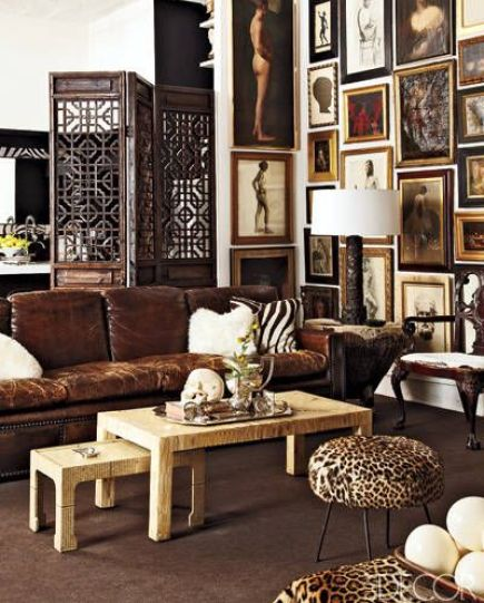 Coco carpet and brown leather sofa via Elle Decor