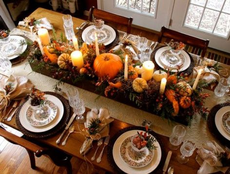 Thanksgiving tablescape via Country Living