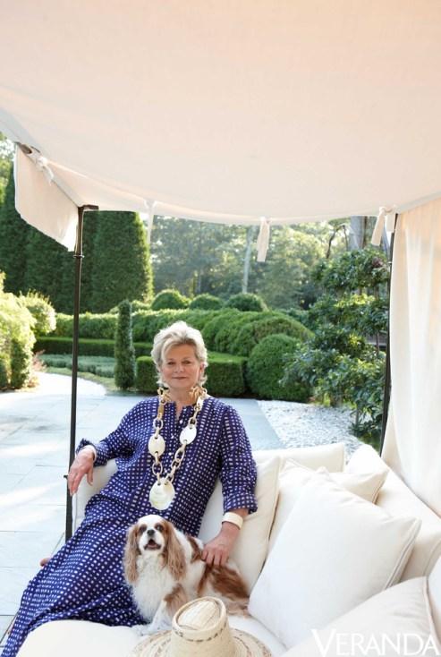 Charlotte Moss in her Garden Via Veranda