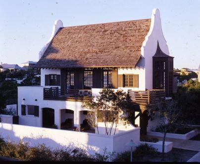Rosemary beach home by McAlpine Tankersley