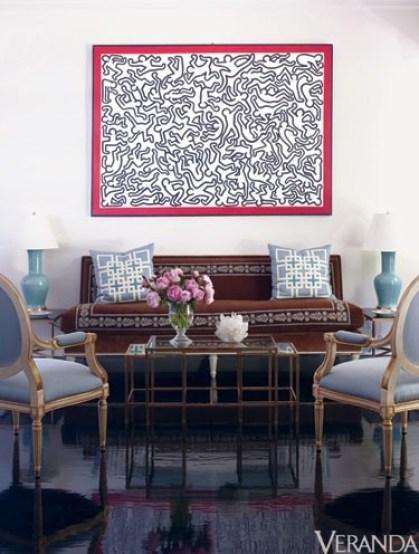 So chic in this living area by Sara Glbane via Veranda