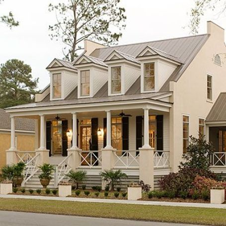 Pretty small house via Southern Living