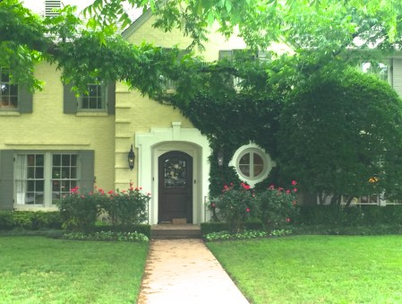 Sweet yelow Ivy covered home in Dallas via The Potted Boxwood