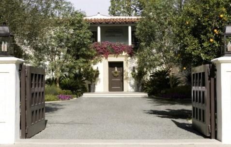 The-Holida-LA-house-via-pinterest